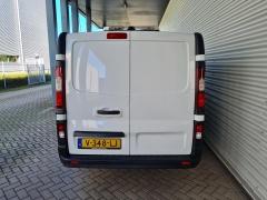 Opel-Vivaro-15