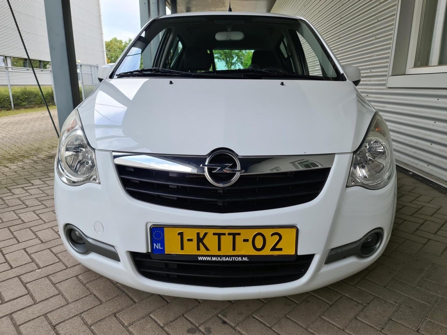 Opel-Agila-9